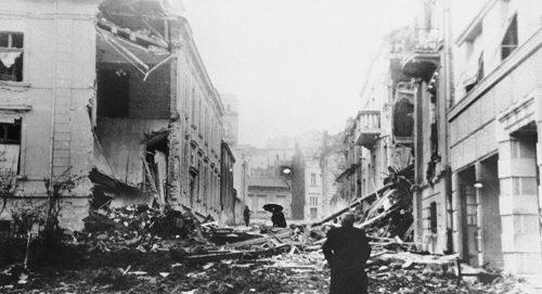 Сведочења у 20 минута: Како је изгледало буђење под бомбама шестог априла 1941. године