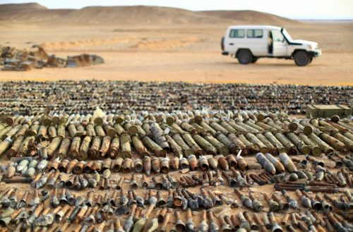 Мир у Либији и даље виси о концу