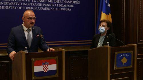 Шамар Србији: Грлић Радман обећао Шиптарима да ће Хрватска на Косову* поставити војну базу