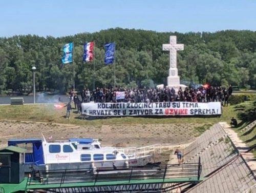 """Вуковар: На Дан победе над фашизмом, стотинак хрватских младића обучених у црно скандирало """"Убиј Србина"""""""