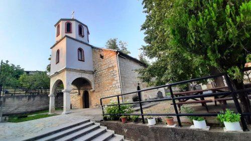 Црква Успење Пресвете Богородице у Ораховцу