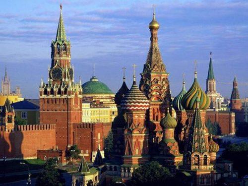 """Европски суд за људска права донео пресуду којом је позвао Русију да """"призна истополне заједнице""""; Кремљ: Истополни бракови нису законски дозвољени у Русији"""