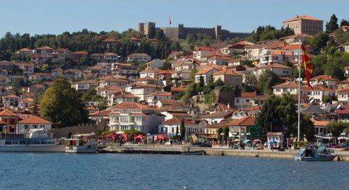 """Бугари """"присвојили"""" Охрид у споту, Северна Македонија их оптужује за територијалне претензије"""