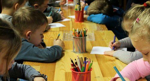 Почетак реформи: Свако дете у Србији имаће свој број и шифру