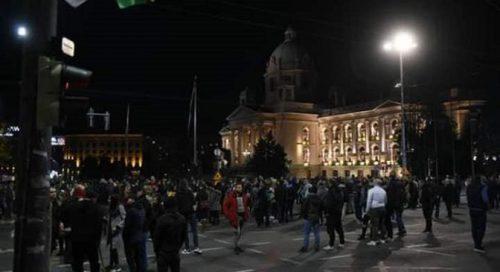 Србија: Протести против увођења ковид пропусница